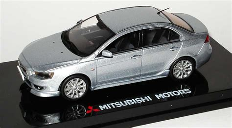 Vitesse 1 43 Mitsubishi Lancer Ex Car Limited Only 700 Pcs 1 43 mitsubishi lancer sports sedan coolsilber met werbemodell vitesse mme50144