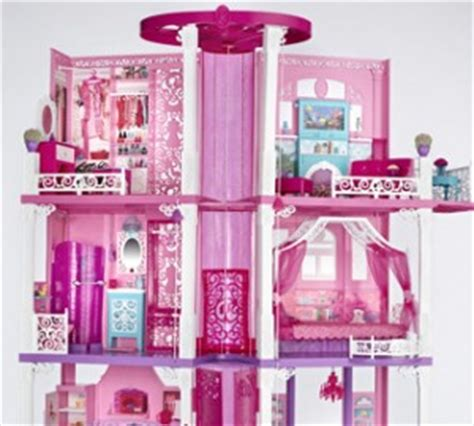 barbie dolls house australia barbie s staying put in new malibu dreamhouse the toy book