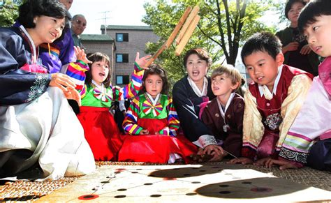 new year traditions in korea image gallery korean new year traditions