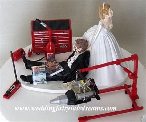 car grooms cake for wedding fairytale dreams mechanic wedding cake topper yyeeeessssss