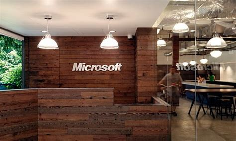 casual and comfortable brooklyn home stays true to its microsoft offices redmond cus 5 decoist