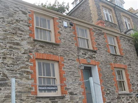 Port Isaac Cornwall Doc Martin S House In The Tv The House Port Isaac