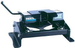 Reese Plumbing by Reese 30k Fifth Wheel Hitch