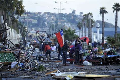 Chile Earthquake Search Chile Earthquake And Tsunami Devastation In Photos Propertycasualty360