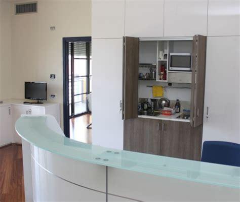 cucina ufficio cucine a scomparsa nascondere la cucina in ufficio