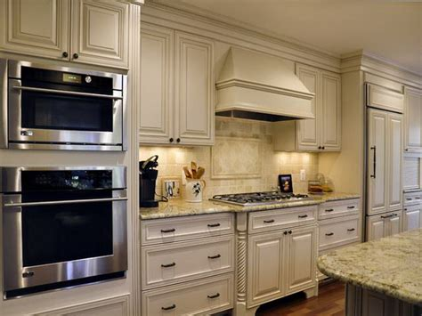 painted country kitchen cabinets kitchen pictures of painted kitchen cabinets kitchen wall colors diy kitchen cabinets