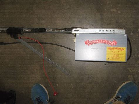 Overhead Garage Door Motor by Overhead Door Garage Door Motor Model 455 Powers On But