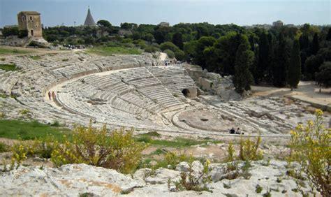 teatro greco di siracusa siracusa siracusa il teatro greco 232 a rischio