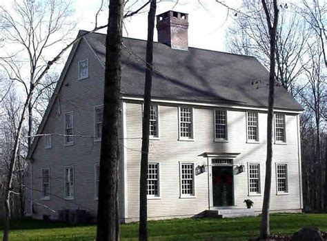clasic colonial homes saltbox house home exterior pinterest