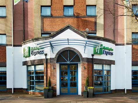 inn express hotels belfast city s quarter
