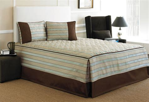 fitted bed coverlet fitted bedspread a nicely tailored look for your bed