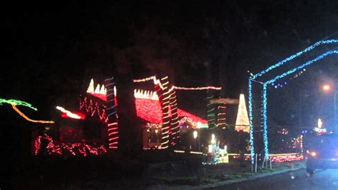 synchronized christmas lights display port orange