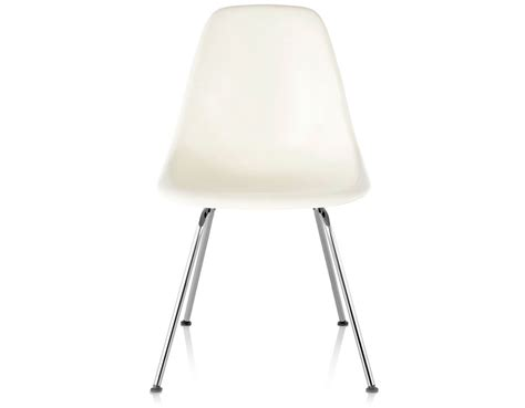 eames molded plastic side chair   leg base hivemoderncom