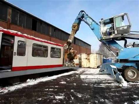 Auto Verschrotten Traurig by U Bahn Endstation Schrottplatz Doovi