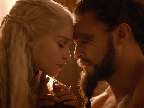 actor daenerys game of thrones emilia clarke and game of thrones husband jason momoa