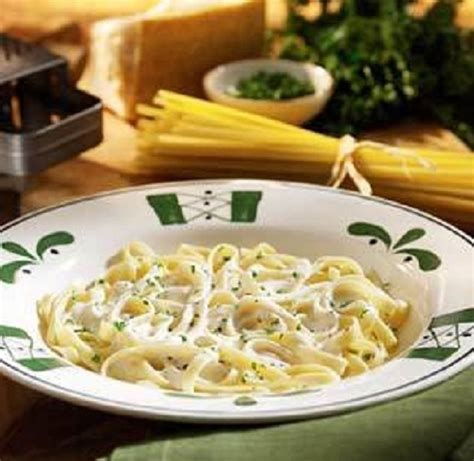Alfredo Sauce Olive Garden by February 7 Is National Fettuccini Alfredo Day Alfredo