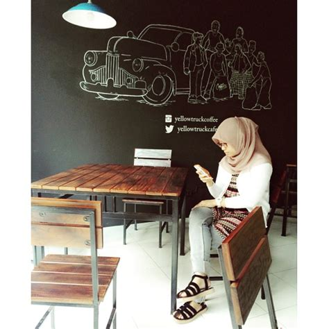 Yellow Truck Coffee Harga yellow truck coffee shop bandung you ll never eat alone