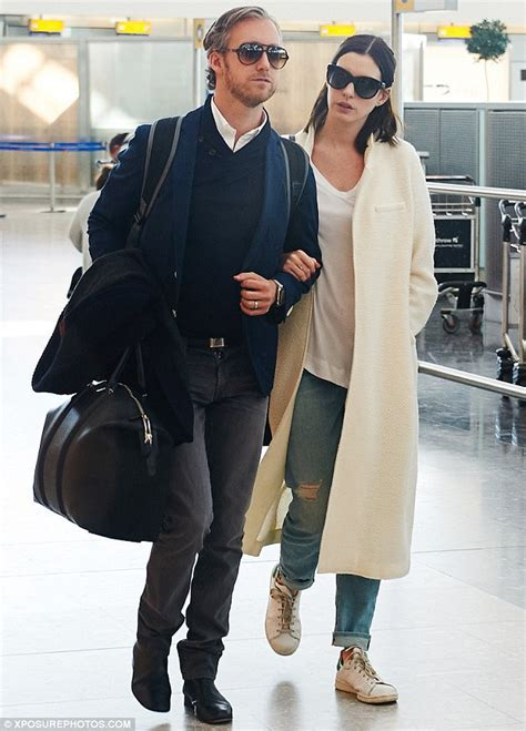 Anne Hathaway looks chic with husband Adam Shulman at