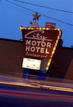 city motor hotel hamilton city motor hotel in councillor s crosshairs thespec