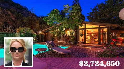 nicollette sheridan house actress nicollette sheridan cleans up in sale of bel air