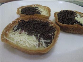 bahan untuk membuat martabak mini resep martabak manis mini praktis sederhana bahan bahan