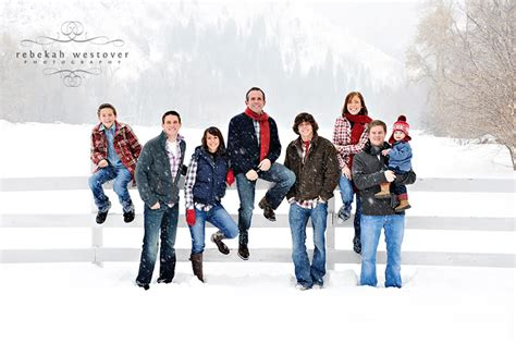 christmas family picture pose ideas ehow