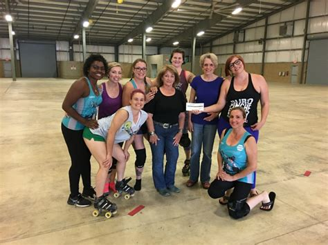 1000 images about roll on pinterest roller derby derby kerr country roller derby raises 1000 for domestic abuse
