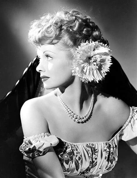 lucille ball s retro beauty look is no laughing matter old hollywood lucille ball 1940 s