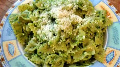 ricette con foglie di sedano pesto di foglie di sedano ricette bimby