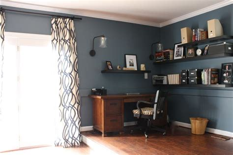 Trapped In A Room With A Boston by 1000 Ideas About Family Rooms On