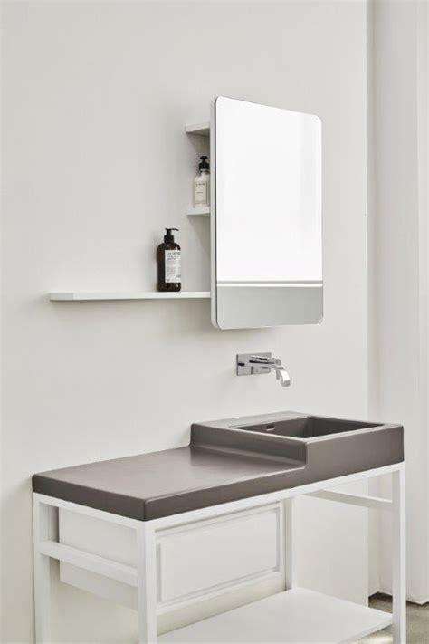 specchio bagno con mensola specchio oltre con mensola