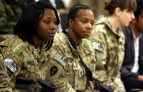 new hairstyles for women in the armed services black soldiers blast new army hairstyle rules as racially