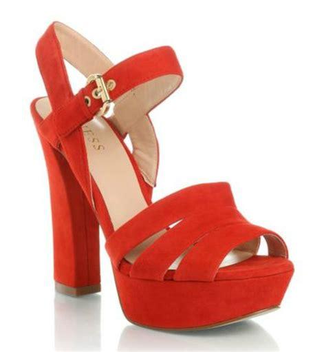 imagenes de sandalias rojas hermosas sandalias de tac 243 n acorde a la moda actual para