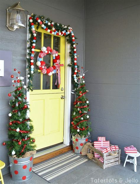 Decorating Your Front Door For - 21 extravagant decorations for your front door