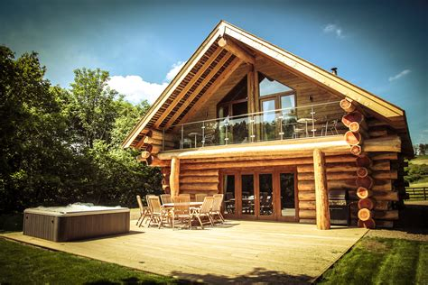 Luxury Large Cottages by River Cabins Truly Wedding Venues