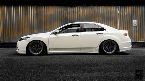 Image Gallery 2014 Tsx White