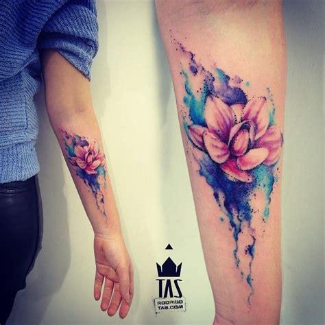 fiori di loto tatto meravigliosi tatuaggi coi fiori di loto foto e