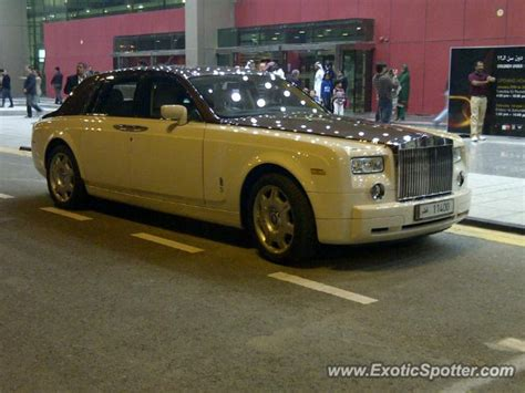 roll royce qatar rolls royce phantom spotted in doha qatar on 01 30 2013