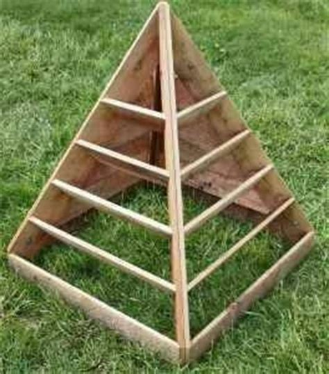 Strawberry Pyramid Planter Plans by Pyramid Strawberry Planter Garden Planters