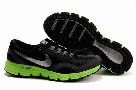 sick nike running shoes nike black shoes sick my style