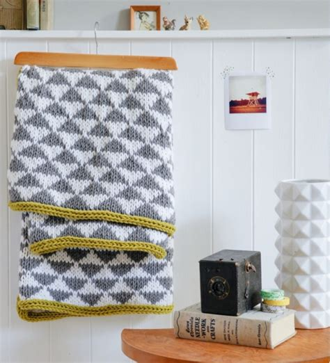 contemporary knitting patterns uk knit a contemporary blanket free projects homemaker
