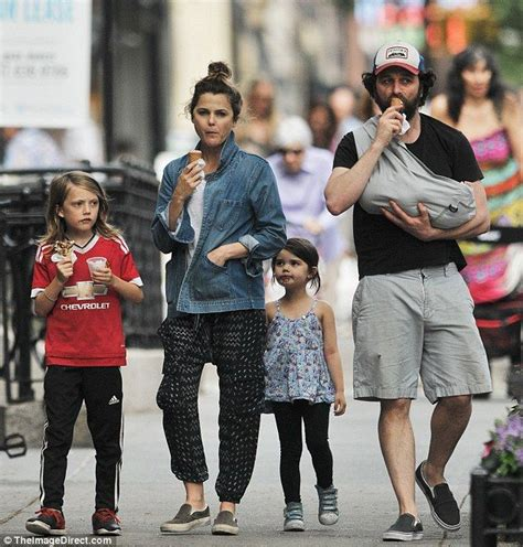 matthew rhys mom keri russell slips into her skinny jeans just two weeks