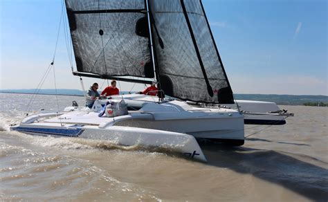 trimaran dragonfly 25 dragonfly 25 yachtrevue at