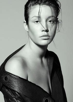 2015 adele exarchopoulos adele exarchopoulos interview germany 2015 04 gotceleb