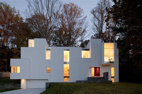 irregular shaped house explores ambiguous modern architecture idesignarch interior design architecture interior decorating emagazine
