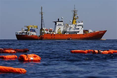 aquarius dernier bateau aquarius le bateau humanitaire d 233 finitivement 224 quai
