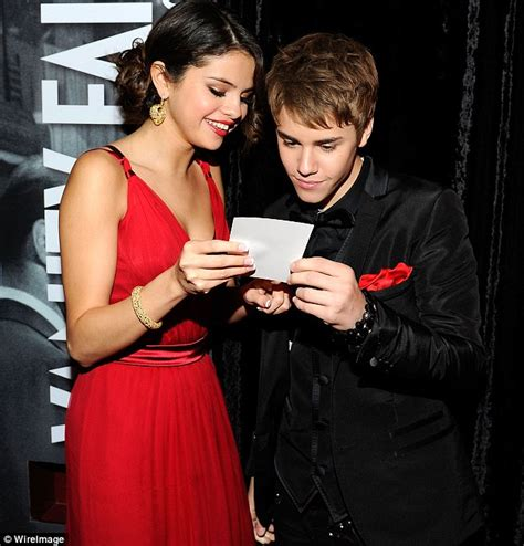 Justin Bieber And Selena Gomez Vanity Fair by Oscars 2011 Justin Bieber And Selena Gomez At Vanity