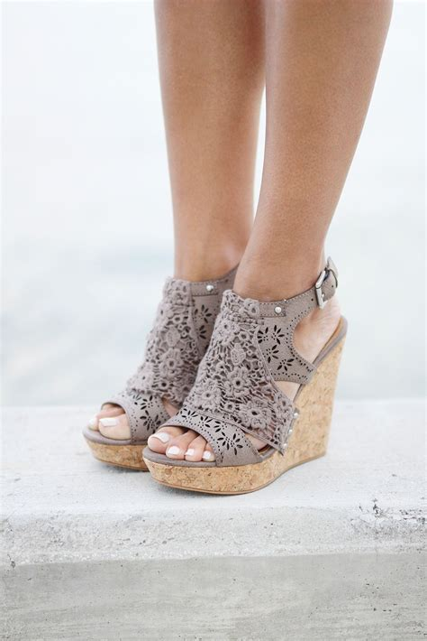 Sandal Laser Ab3 taupe wedges lace overlay laser cutting and overlay
