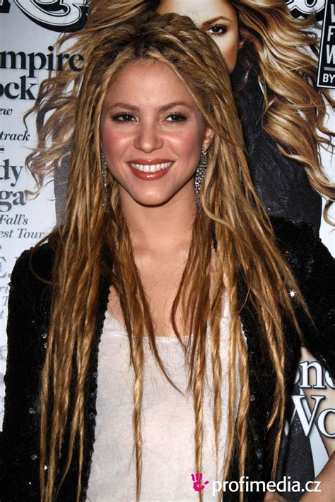 Shakira Hairstyle by Singer Shakira Hairstyles For 2011