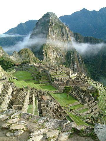 file:peru machu picchu sunrise.jpg wikimedia commons
